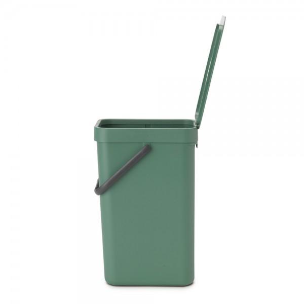 Abfallbehälter mit Deckel grün